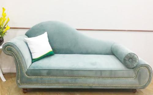 bọc ghế sofa để nằm đọc sách