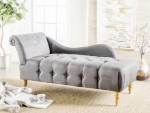 bọc sofa nằm đọc sách