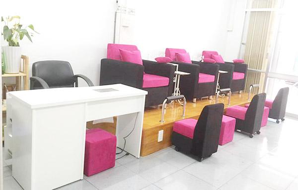 cách chọn ghế so pha nail phù hợp với không gian tiệm nail